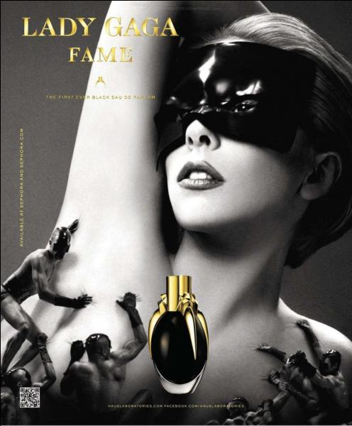 """Quel photographe a créé la publicité pour le parfum """"Fame"""" ?"""