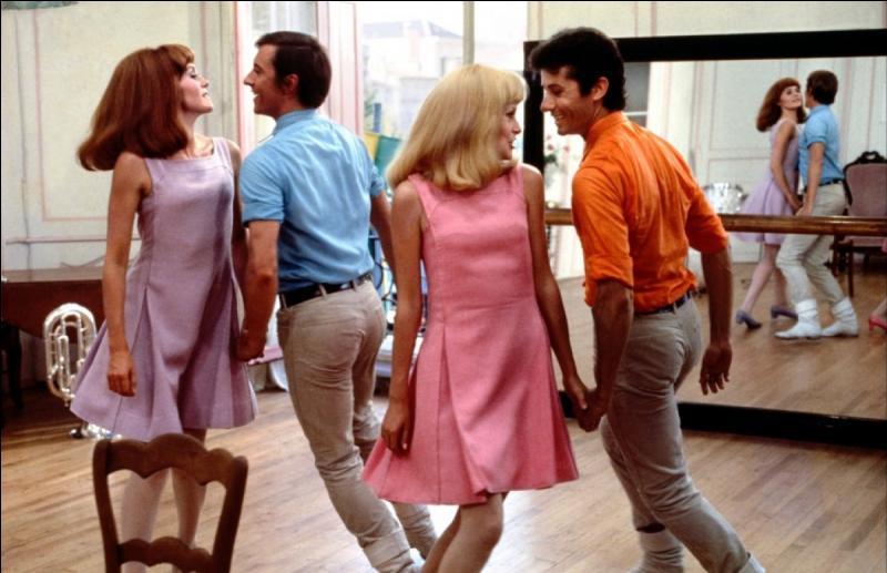 """Qui a réalisé """"Les Demoiselles de Rochefort"""", film musical sorti en 1967 ?"""