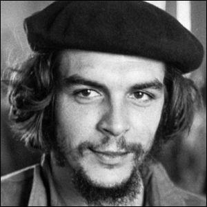 Qui est ce commandant du groupe révolutionnaire à Cuba, en 1959 ?