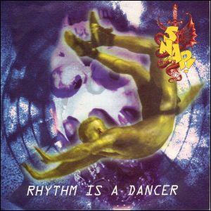 La dance déboule sur les dance floor au début des années 90. la 1ère chanson à gravir le haut du podium est 'Rhythm is a dancer' interprété par: