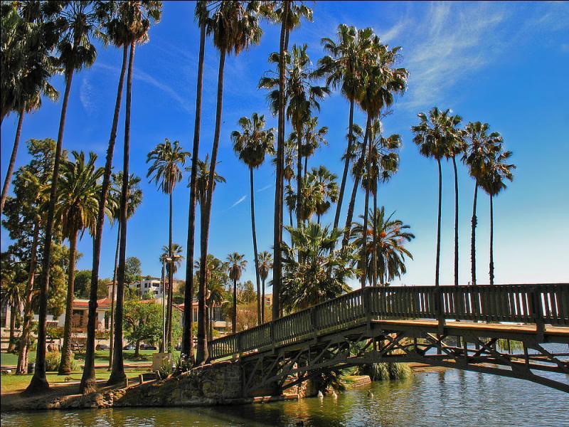 De quel État la ville de Los Angeles fait-elle partie ?