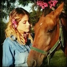 Pourquoi Violetta va-t-elle faire de l'équitation ?