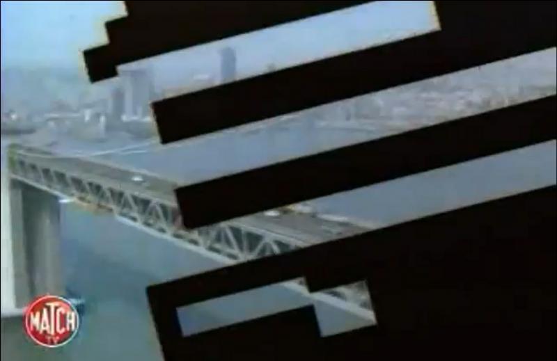 Dans ce générique, l'écran se divise régulièrement en bandelettes pour faire la transition avec le plan suivant... Moderne pour l'époque ! De quelle série s'agit-il ?