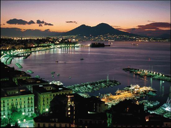 Quel est l'ordre correct des 3 villes les plus peuplées de l'Italie ?
