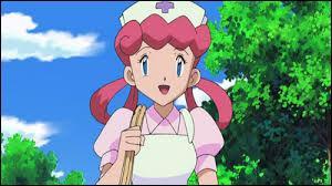 Quel Pokémon accompagne l'infirmière Joëlle à Hoenn ?