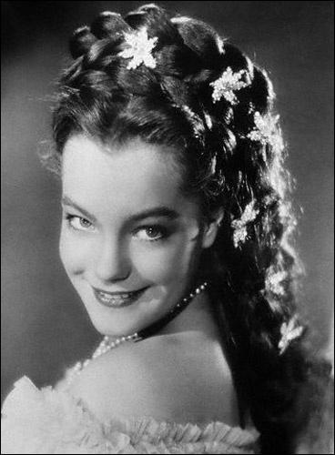 Quel était le prénom de Sissi, Impératrice d'Autriche, interprétée par Romy Schneider dans le film d' Ernst Marischka ?