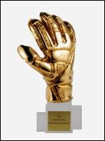 Et quel gardien a été choisi pour le trophée du Gant d'or ?