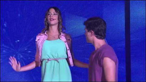 Quelle est la terrible chanson que Violetta ne voulait pas chanter avec Diego suite au baiser de la question précédente ?