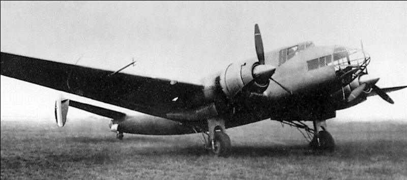 Ce bombardier était un des rares avions modernes de l'aviation française à l'entrée en guerre. Cet avion présentait de graves défauts au décollage. Il a servi en 1940 et contre les Allemands en 1942 et 1943. Quel est-il ?