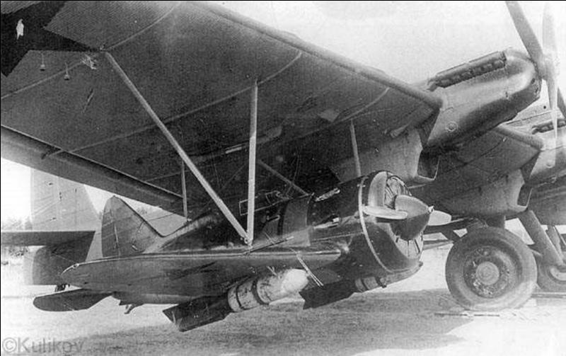 Ce bombardier soviétique servit à tout ! Il fut un porte-avions volant, un bombardier, un avion de transporteur de troupes, de fret. Il fut le bombardier lourd le plus important de l'aviation soviétique. Quel est ce avion ?