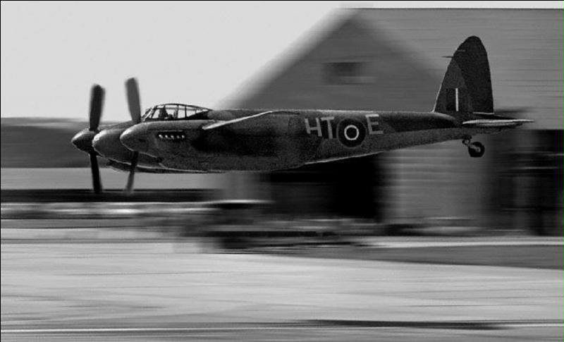 Il est très difficile de classer cet avion dans une catégorie ou une autre. Cet avion a été un bombardier mais, aussi un chasseur. Egalement, il a été utilisé comme avions de reconnaissance, d'avion de ligne, entre autres !