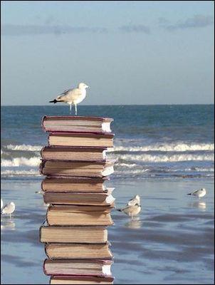 Qui est en vacances dans le titre d'un roman d'Agatha Christie ?