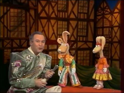 """Retrouvez le nom des marionnettes de l'émission """"Croque vacances"""" :"""