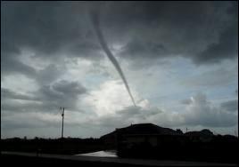 Une tornade de catégorie F0 provoque-t-elle des vents violents ?