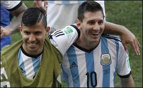 Lionel Messi, capitaine de l'équipe d'Argentine battue par l'Allemagne en finale, a été élu Ballon d'Or du mondial 2014 !
