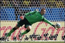 Le gardien allemand, Manuel Neuer, a été élu meilleur gardien de la coupe du monde 2014 !