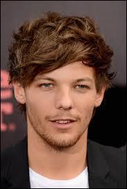 Louis est en couple avec ...