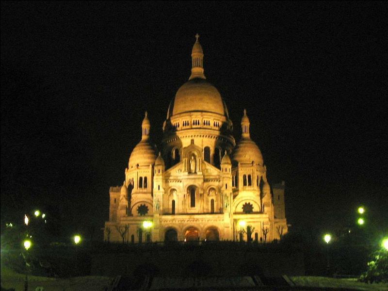 Dans quel arrondissement de Paris peut-on admirer le Sacré Coeur de Montmartre ?
