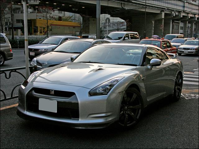 Quelle est cette Nissan ?