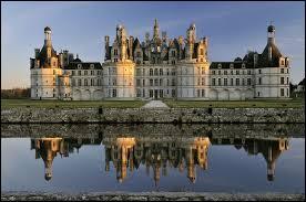 Encore un château, celui-ci se situe :