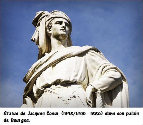 Jacques Cœur, grand argentier de Charles VII et Nicolas Fouquet, surintendant des finances de Louis XIV connurent le même funeste destin. Leur réussite éclatante, leur pouvoir et leur considérable fortune les rendit dangereux aux yeux du roi et les conduisirent à la disgrâce.