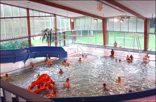 Quizz villeneuve d 39 ascq quiz villes for Combien coute une piscine naturelle