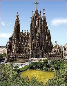 La Sagrada Família est un monument :