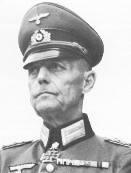Issu d'une ancienne famille d'aristocrates prussiens, ce maréchal allemand participa à la campagne de France avant de conquérir la ville de Kiev. Plus tard, il fera échouer l'opération Market Garden et mettra en déroute les forces alliées basées en Hollande. Qui est-il ?