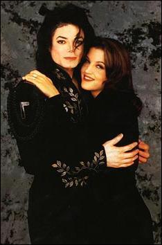 En quelle année Michael s'est marié avec Lisa Marie Presley ?