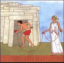 J'ai aidé Thésée à sortir du labyrinthe du Minotaure grâce à un fil... Qui suis-je ?