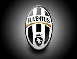 J'ai joué à Manchester City, United, Juventus. Qui suis-je ?
