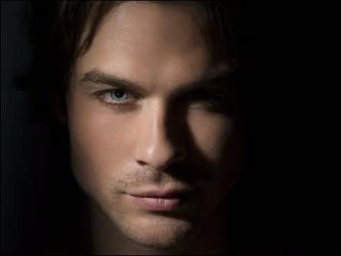 Quel âge avait Damon avant de se transformer en vampire ?