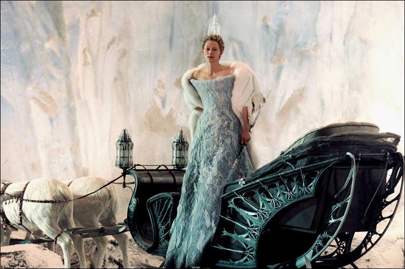 """Qui prononce la phrase : """"Heureux favori de la reine, heureux ou malheureux."""" ?"""