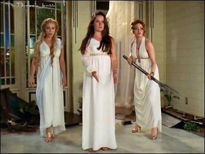 Quand Piper est transformée en déesse, elle a le pouvoir :