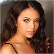 Jannel Parish alias Mona avait à la base postulé pour le rôle de :