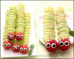 Petits serpents, gros asticots ou chenilles grâce à un corps en brochettes de grains de raisin pourvu d'une tête faite au choix... ?