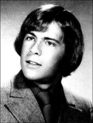 Né en Allemagne de l'ouest, si je vous dis , John McClane, vous trouvez tout de suite, non ?