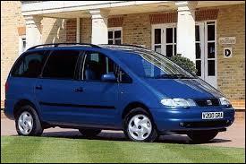 Voici une voiture pour famille nombreuse. Mais au fait, quel est son nom ?