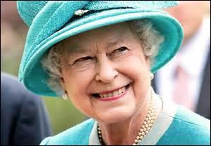 Parmi ces pays, lequel n'a pas Élisabeth II comme chef d'État ?