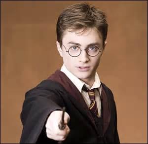 """Que signifie le """"K"""" de Joanne K. Rowling, l'écrivaine de Harry Potter ?"""