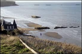 Sur la plage de quelle ville normande peut-on voir les vestiges du Port Mulberry ?
