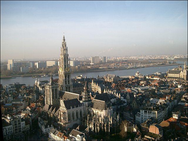 La commune d'Anvers est la plus peuplée de Belgique.