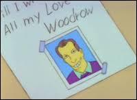 Avec qui Bart a-t-il entamé une correspondance érotique, en se faisant passer pour un adulte du nom de Woodrow ?