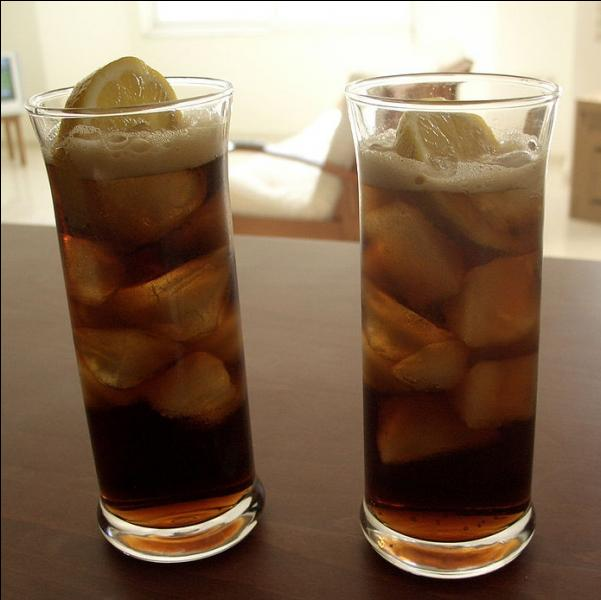 (Culture générale) D'où vient le nom donné au célèbre cocktail Cuba libre ?