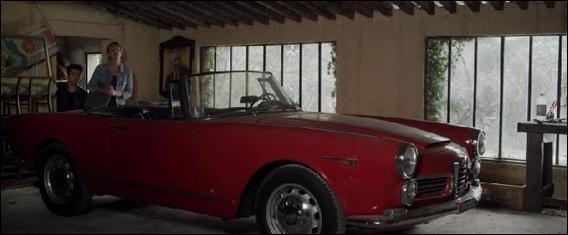 Quelle est la marque de voiture qu'Alex a réparé ?