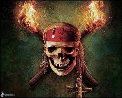 Dans le premier opus, Jack Sparrow est sur le point de se faire attraper par James Norrington. Grâce à qui arrive-t-il à s'échapper ?