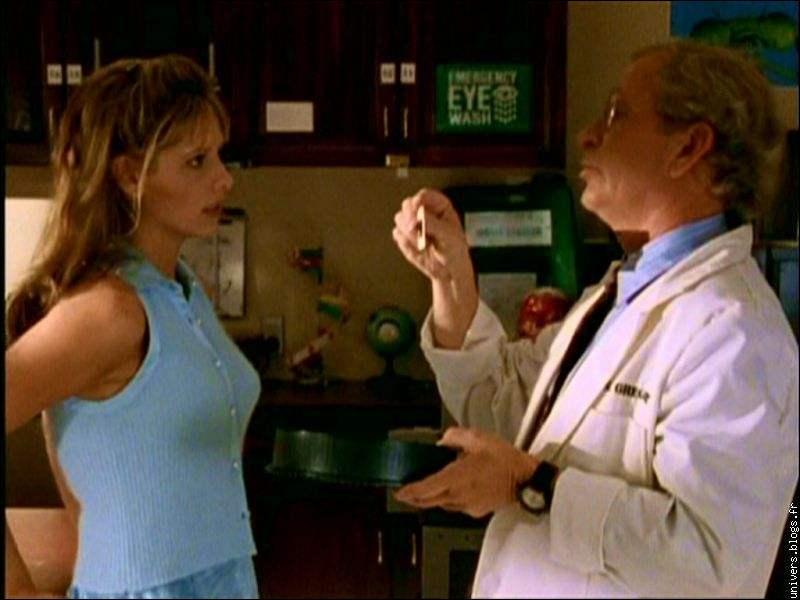 [Le Chouchou du prof] : Quelle est la dernière chose que nous voyons dans le placard du labo de biologie ?