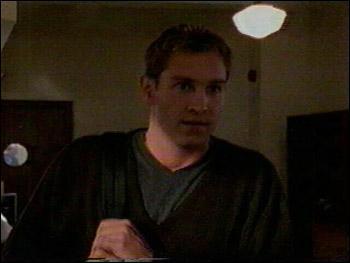 [Un premier rendez-vous manqué] : Que vient chercher Owen à la bibliothèque ?