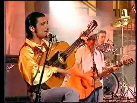"""1992. Le groupe de rock alternatif français """"Les Négresses Vertes"""" affirme """"Il sera toujours midi ... !"""