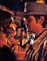 C'est cet instrument qu'on entend durant tout ce célèbre western réalisé par Sergio Leone (Il était une fois dans l'Ouest (C'era una volta il West). Il est joué par Charles Bronson, qui appelle à la vengeance sur un air lancinant. Quel est cet instrument ?